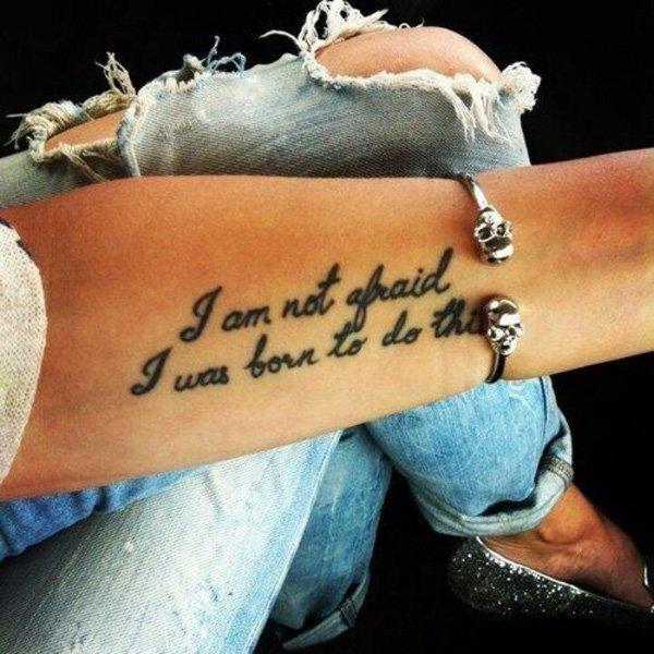 25 Tatuaje Cu Citate Despre Dragoste, Viata, Dezamagire