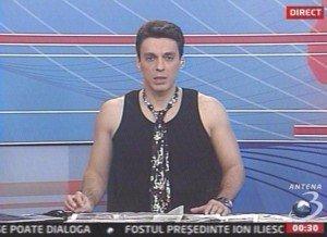 Mircea Badea karaoke in direct la Antena 3