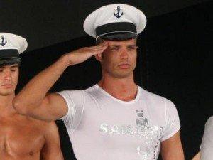 Ricky reprezinta Romania la Mister World 2010