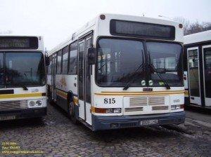 Accident in Capitala- Autobuz cu pasageri implicat in accident pe linia 330