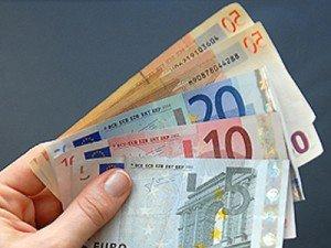 Euro a urcat la 4.1814 lei/euro