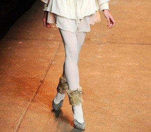 Moda de toamna 2010: colantii albi