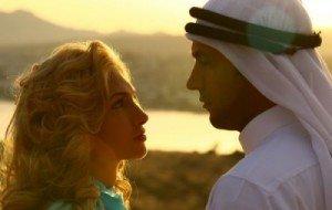 """VIDEO Telenovela """"Iubire şi onoare"""" va avea premiera luni"""