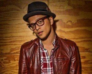 Versuri – Bruno Mars – The First Time