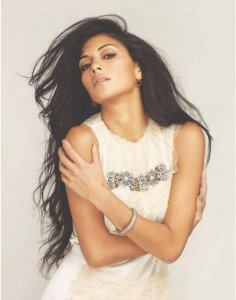 Hot Shot: Nicole Scherzinger pe coperta Cosmopolitan