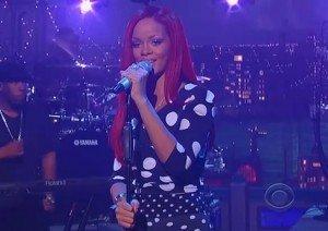"Video: Rihanna – Live la David Letterman interpretand ""What's My Name"""