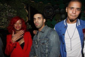Rihanna feat J. Cole – S&M – Remix