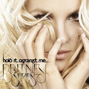 """Britney Spears a lansat clipul piesei """"Hold It Against Me"""""""