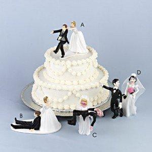 Idei originale pentru tortul de nunta – Cele mai haioase modele de torturi