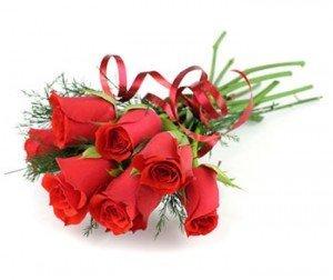 """Mesaje de """"La multi ani!"""" pentru cei dragi – Mesaje frumoase de felicitare pentru aniversare"""