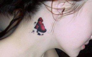 Galerie foto cu modele de tatuaje pentru gat
