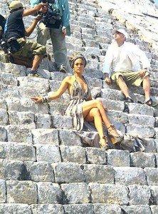 Jennifer Lopez, cea mai frumoasa femeie din lume?