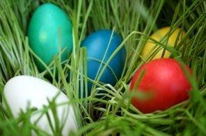 Ce simbolizeaza culorile folosite la vopsitul oualelor