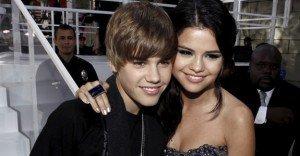 VIDEO Justin Bieber si Selena Gomez – sarut hot in public