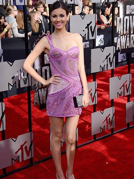 vedete bine imbracate la MTV movie awards154