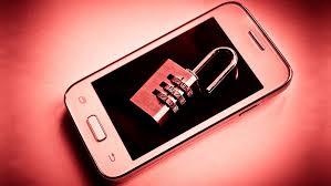 Cum va protejati telefonul mobil de virusi